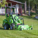 Avant Lawnmower 1200