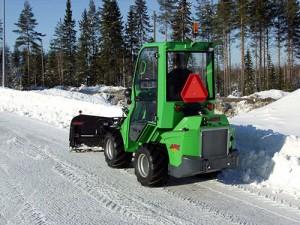 avant snow plow 5